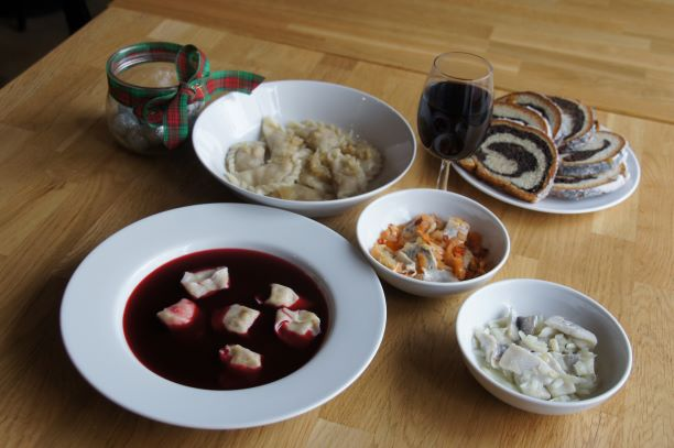 polish dumplings cooking class and Christmas dinner